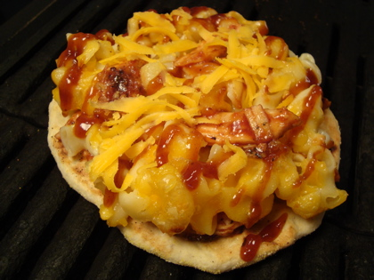 BBQ Chicken Mac n' Cheese Pizza Recipe