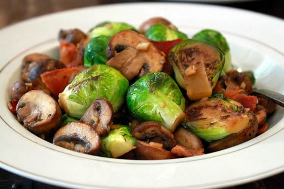 Brussels Sprouts, Mushrooms, Bacon &#038; Garlic