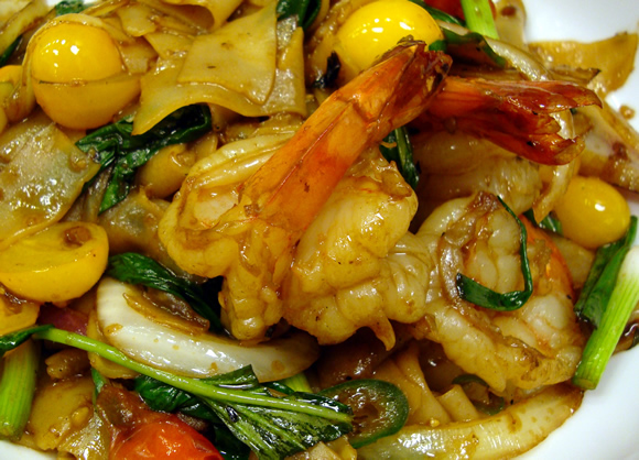 Jet Tila's Drunken Noodles Recipe