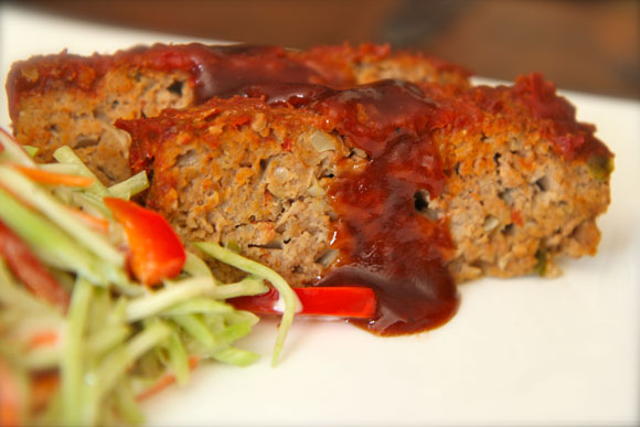Turkey Chipotle Meatloaf. Lean and flavorful never tasted so macho!