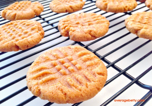 4 Ingredient Peanut Butter Cookies Recipe