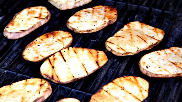 How to Make Grilled Potatoes Recipe