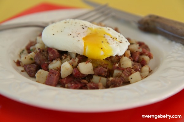 Corned Beef Hash Recipe Video f/ Idaho Potatoes