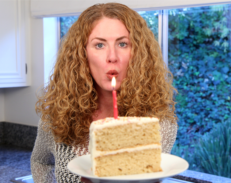 Best Ever Vanilla Birthday Cake Recipe Video - Averagebetty.com