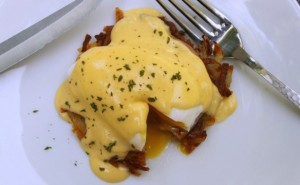 Hash Brown Benedict - averagebetty.com
