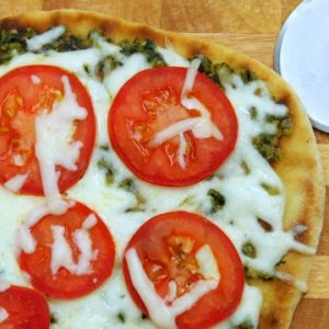 Green Pesto Pizza - averagebetty.com