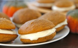 How to Make Pumpkin Whoopie Pies - averagebetty
