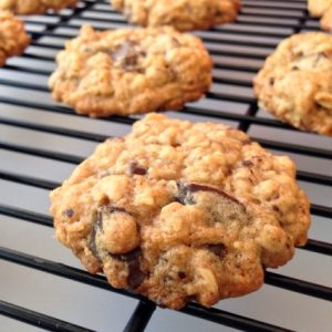 ALL AGES COOKIE! – Oatmeal Chocolate Chunk Cookies Video
