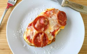 Pizza Potato - AverageBetty.com